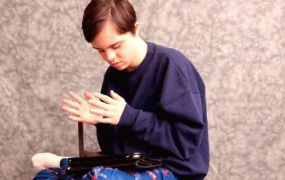 Autism – Symptoms, Causes & Treatment of Autism