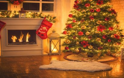 Using Christmas Tree Covers For Storing An Artificial Tree